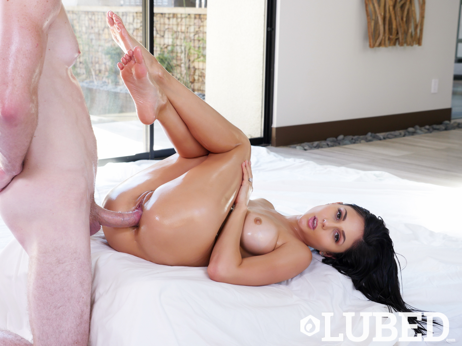 Lubed Ariana Marie Oiled Tease Lubed Porn