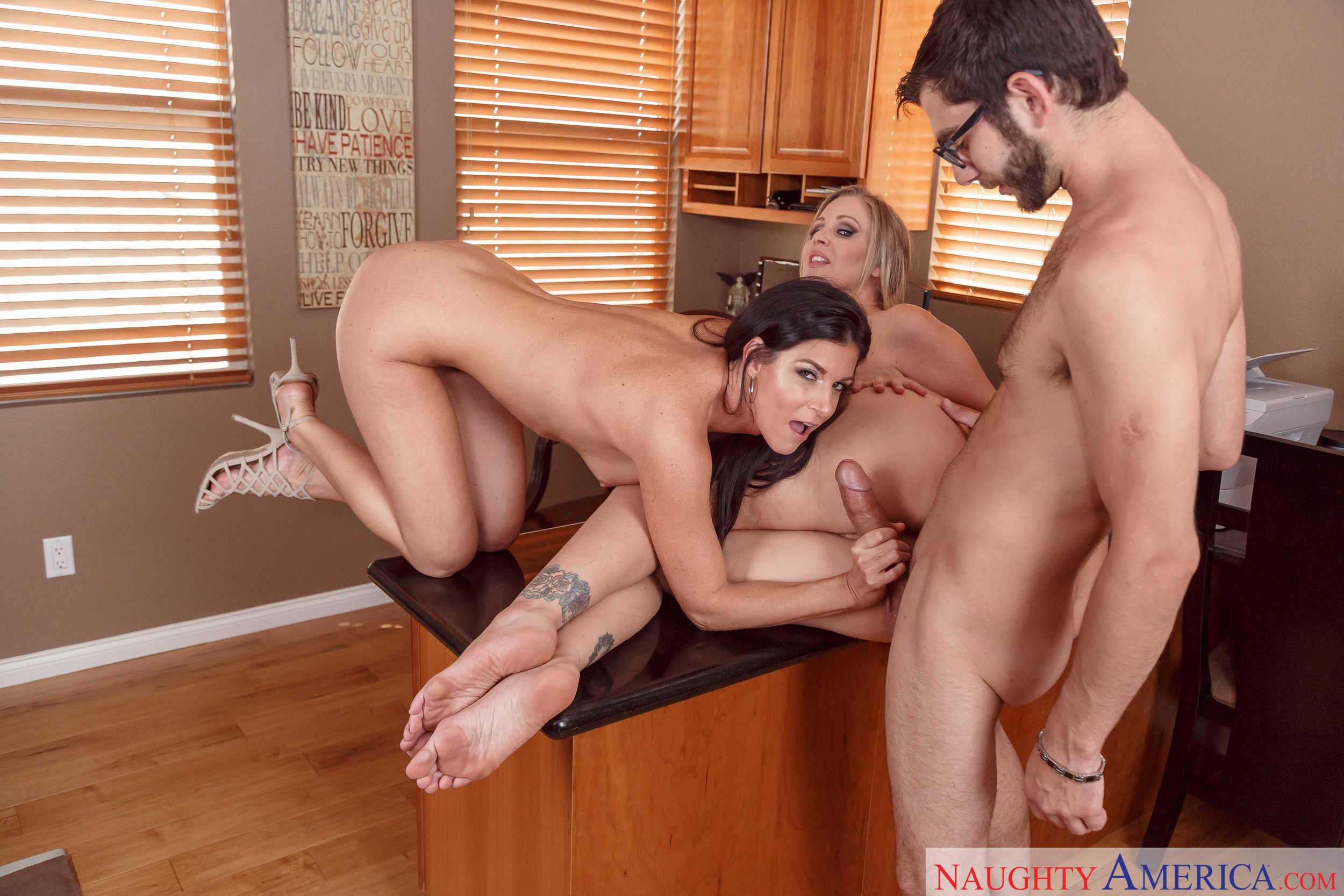India summer julia ann need help