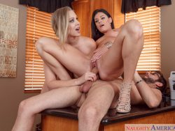India Summer and Julia Ann in Seduced By A Cougar 07